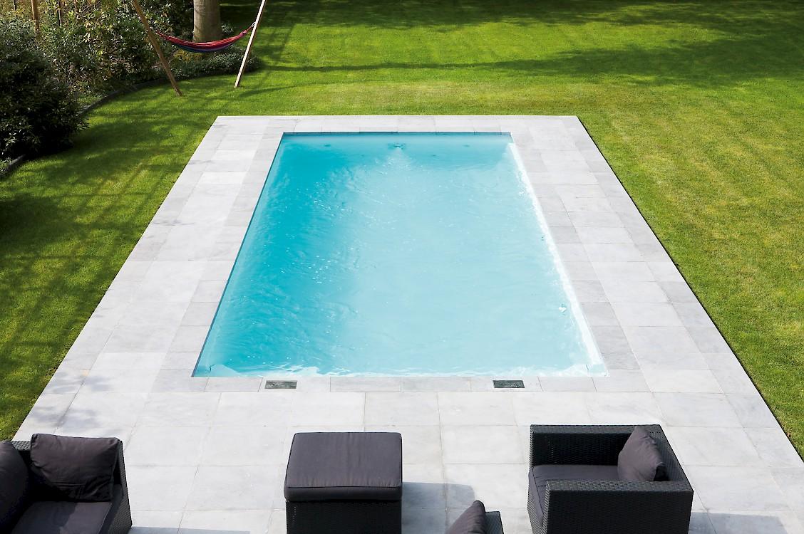Monoblok zwembaden for Afmetingen zwembad tuin